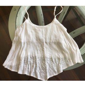 Super cute white flowy crop top w/ white detail